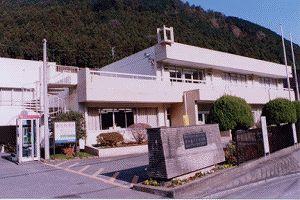 画像:沢井図書館 外観
